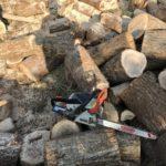 連休は薪づくりをしています